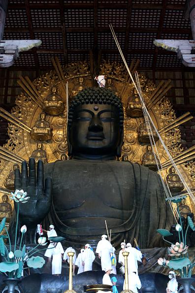 Giant Buddha「Annual Buddha Dusting」:写真・画像(6)[壁紙.com]