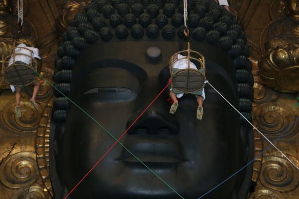 Great Buddha Hall - Nara「Annual Great Buddha Dusting」:写真・画像(17)[壁紙.com]