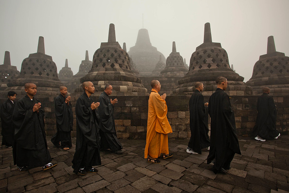 Buddha「Indonesia Commemorates Birth Of Buddah」:写真・画像(10)[壁紙.com]
