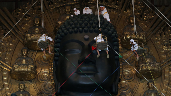 東大寺「Annual Great Buddha Dusting」:写真・画像(2)[壁紙.com]