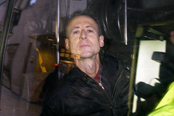 Focus - Concept「Anti-War Protester Attacks Blair's Car」:写真・画像(8)[壁紙.com]