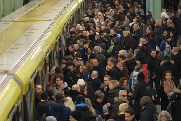 Deutsche Bahn Hit By EVG Union Strike:ニュース(壁紙.com)