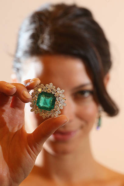 Jewels From The Collection Of Hollywood Actress Gina Lollobrigida On Display Ahead Of Auction At Sotheby's:ニュース(壁紙.com)