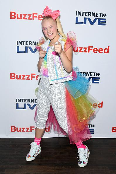 Hot Pink「Internet Live By BuzzFeed」:写真・画像(19)[壁紙.com]