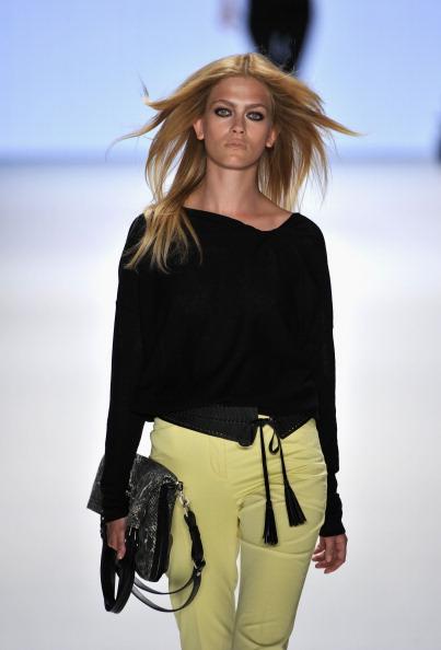 Gareth Cattermole「Laurel Show - Mercedes-Benz Fashion Week Berlin Spring/Summer 2012」:写真・画像(19)[壁紙.com]