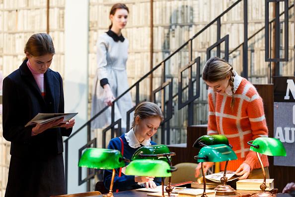 Tristan Fewings「Orla Kiely - Presentation - LFW FW15」:写真・画像(6)[壁紙.com]