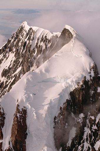 Mt Cook「Glacial Ridge Along New Zealand's Mount Cook」:スマホ壁紙(11)