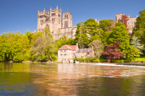 Cathedral「Durham cathedral in front of the river Wear.」:スマホ壁紙(2)