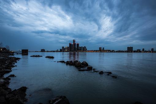 ウォーターフロント「Detroit Skyline」:スマホ壁紙(7)