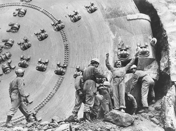 Construction Equipment「Tunnel Diggers」:写真・画像(17)[壁紙.com]