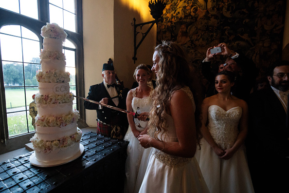 Sweet Food「The 2017 Queen Charlotte's Ball Takes Place At Leeds Castle」:写真・画像(1)[壁紙.com]