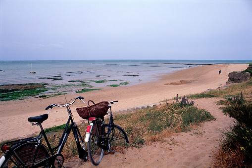 Nouvelle-Aquitaine「Beach at Les Portes」:スマホ壁紙(0)