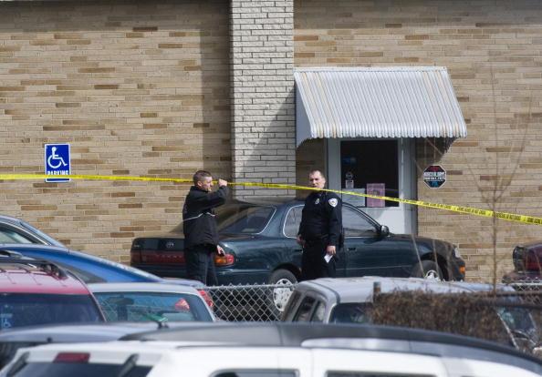 Gunman「Gunman Kills Over 10 People, Then Himself, At Civic Association In Binghamton」:写真・画像(17)[壁紙.com]