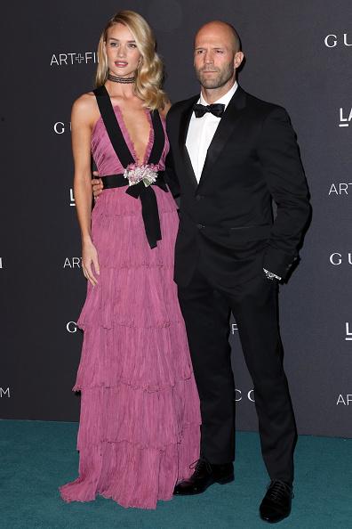 ロージー・ハンティントン・ホワイトリー「LACMA 2015 Art+Film Gala Honoring James Turrell And Alejandro G Iñárritu, Presented By Gucci - Arrivals」:写真・画像(16)[壁紙.com]