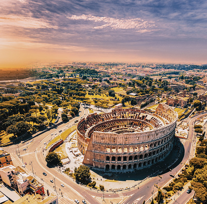 Coliseum - Rome「Colosseum in Rome and morning sun, Italy」:スマホ壁紙(13)