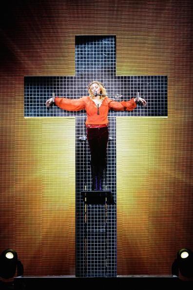Singer「Madonna Plays Wembley Arena」:写真・画像(11)[壁紙.com]