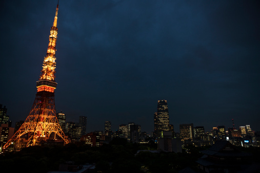 Tokyo Tower「Steel tower and city skyline at night」:スマホ壁紙(19)