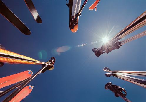 スキーストック「Skiing gear」:スマホ壁紙(11)