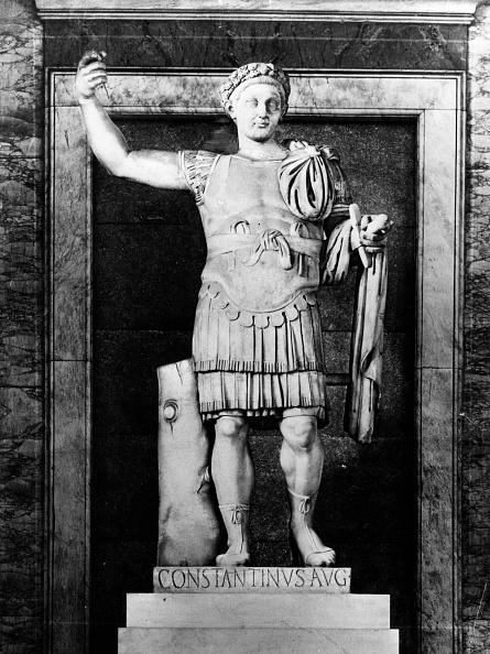 胸を打つ「Constantine I」:写真・画像(9)[壁紙.com]