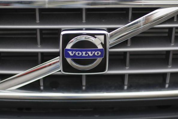 Volvo「Ford And GM Seek Swedish Gov't Aid For Volvo, Saab Subsidiaries」:写真・画像(1)[壁紙.com]