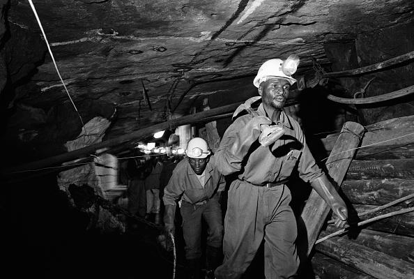 歩く「Miners undergound from Lonmin Platinum.」:写真・画像(12)[壁紙.com]