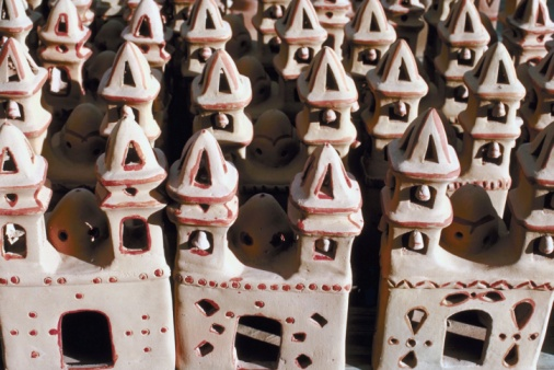 Inexpensive「Miniature pottery churches, New Mexico」:スマホ壁紙(4)