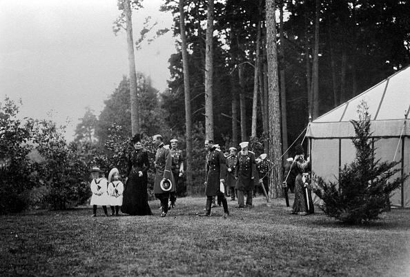 Animals Hunting「Family of Tsar Nicholas II of Russia」:写真・画像(17)[壁紙.com]