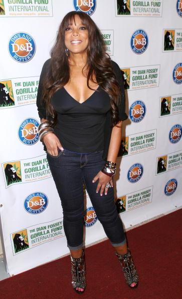 Dian Fossey「2010 Celebrity Skee Ball Tournament」:写真・画像(19)[壁紙.com]
