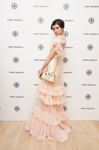 Cap Sleeve「Tory Burch Ginza Boutique Opening」:写真・画像(8)[壁紙.com]