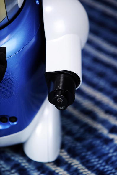 Robot Arm「Japan Develop Robot To Identify And Taste Wine」:写真・画像(15)[壁紙.com]