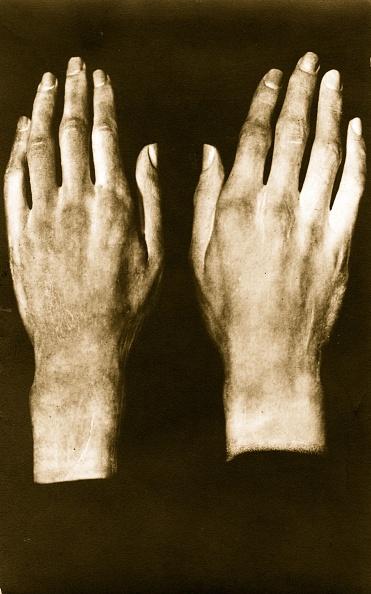 Hand「Beethoven's Hands」:写真・画像(18)[壁紙.com]