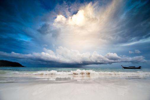 Horizon「Rain in the sea」:スマホ壁紙(18)