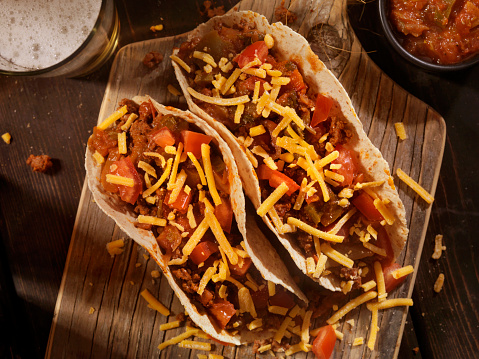 Taco「Tacos With Salsa, Cheese and a Beer」:スマホ壁紙(5)