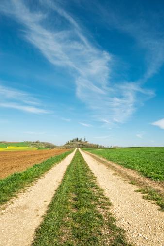 雲「Germany, Baden Wuerttemberg, Hegau landscape, Field path to Maegdeberg」:スマホ壁紙(3)