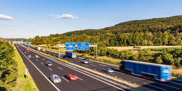 Munich「Germany, Baden-Wuerttemberg, Leonberg, motorway A 8」:スマホ壁紙(17)