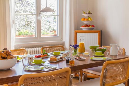 Place Setting「Germany, Baden-Wuerttemberg, Stuttgart, laid breakfast table」:スマホ壁紙(10)