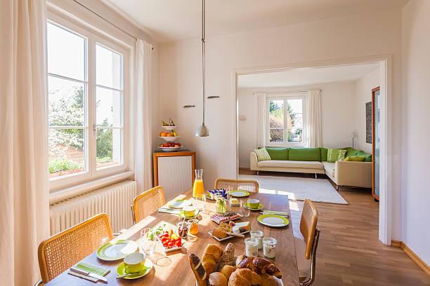 Germany, Baden-Wuerttemberg, Stuttgart, laid breakfast table:スマホ壁紙(壁紙.com)