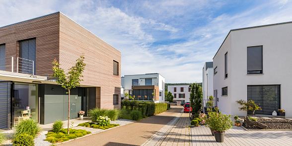 Solar Energy「Germany, Baden-Wurttemberg, Esslingen, New energy efficient residential houses」:スマホ壁紙(14)
