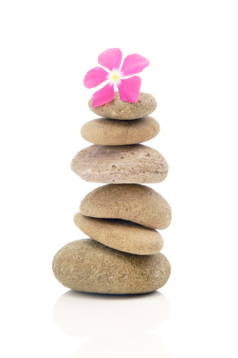 Health Spa「Flower With Stack Of Pebbles」:スマホ壁紙(13)