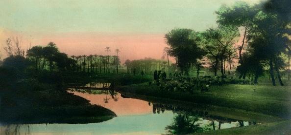 Riverbank「Cairo: Native Village Near Gizeh」:写真・画像(9)[壁紙.com]