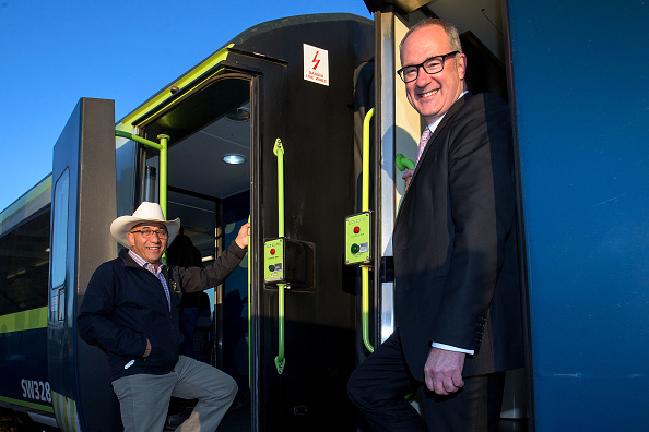 Transport Minister「Transport Minister Phil Twyford Announces Wairarapa Rail Line Upgrade」:写真・画像(5)[壁紙.com]