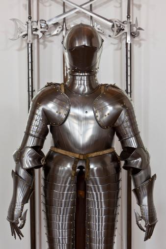 Battle「Suit of armor」:スマホ壁紙(9)
