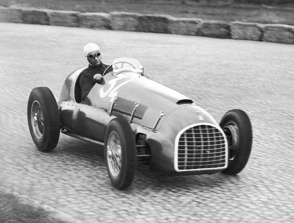 Ferrari「Juan Manuel Fangio」:写真・画像(16)[壁紙.com]