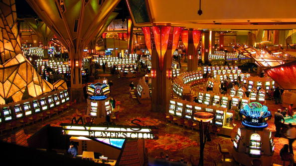 Casino「Indian Tribes Profit from Gaming in Connecticut 」:写真・画像(1)[壁紙.com]