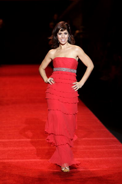 Mark Mainz「The Heart Truth's Red Dress Collection - Runway - Fall 08 MBFW」:写真・画像(18)[壁紙.com]