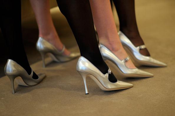 "Manolo Blahnik - Designer Label「Manolo Blahnik Unveils Official Stiletto For Broadway's ""Priscilla Queen Of The Desert""」:写真・画像(16)[壁紙.com]"