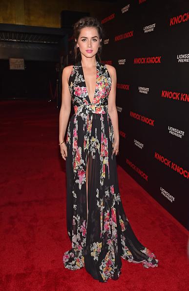 黒「Premiere Of Lionsgate Premiere's 'Knock Knock' - Red Carpet」:写真・画像(14)[壁紙.com]