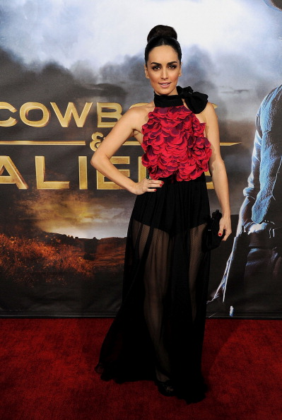 "Cowboys & Aliens「Premiere Of Universal Pictures ""Cowboys & Aliens"" - Arrivals」:写真・画像(5)[壁紙.com]"