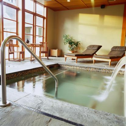 Health Spa「Private soaking pool at health spa」:スマホ壁紙(11)