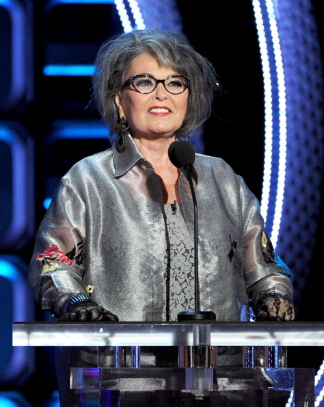 Lace Glove「Comedy Central Roast Of Roseanne Barr - Show」:写真・画像(18)[壁紙.com]